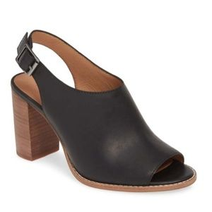 Madewell The Cary Sandal in Black Leather